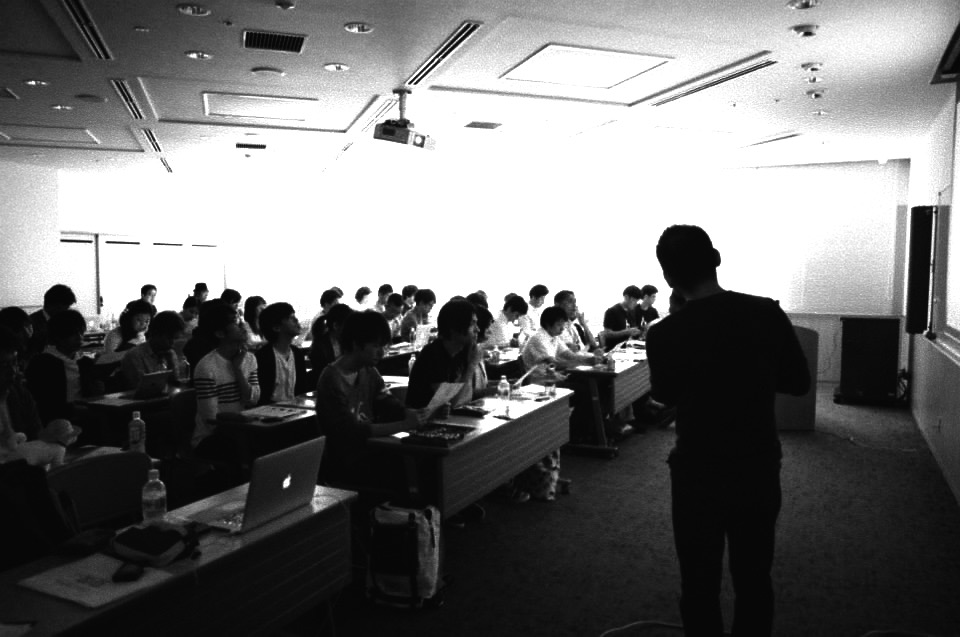 WDF #18 坂本の講演風景
